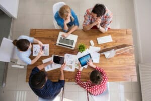 How to promptly distribute meeting minutes
