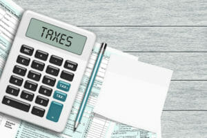 Slow start to tax season, similar refunds