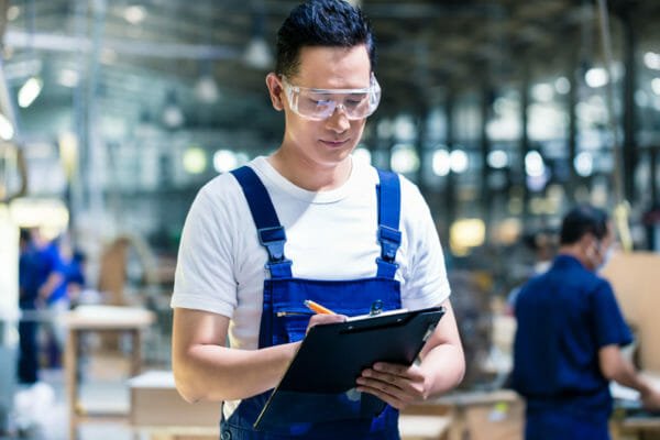 Blue-collar labor shortage: How top employers are avoiding it