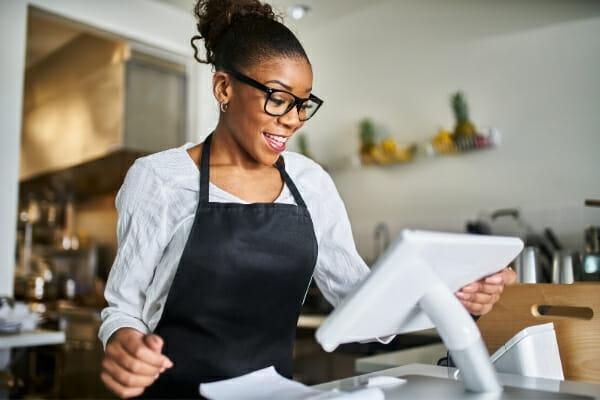 diverse hiring practices 600x400